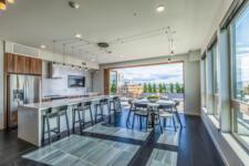 201 Alexan 100 Amenities Rooftop Indoor Dining 46 2250x1500